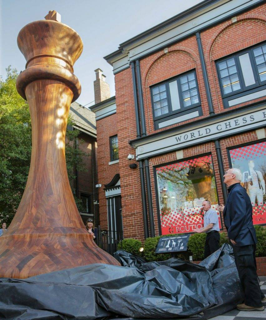 World's Largest Chess Piece Unveiled at the World Chess ...